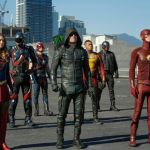 Girls Super Heros Brilliant Dc Cw Superhero Crossovers Reveal Fatal Flaw In Netflix Binge
