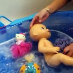 Hello Kitty Bubble Bath Amazing Baby Barbie Doll Bath Time Video Dailymotion