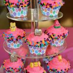 Shopkins Cupcake Wrappers New Shopkins Cupcakes with Fondant toppers so Cute