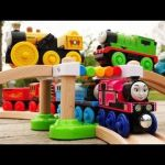 Thomas the Train Halloween Inspiration Videos Matching Lionel Thomas & Friends Ready to Play Train