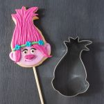 Trolls Branch Color Inspiration How to Make Decorate A Poppy Troll Cookie